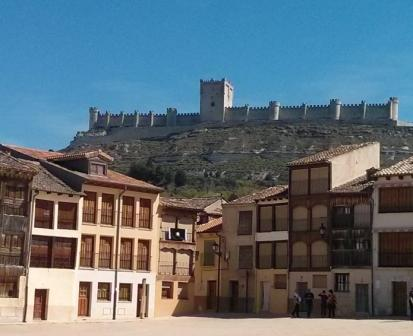 Castle Ribera del Duero Wine Tour