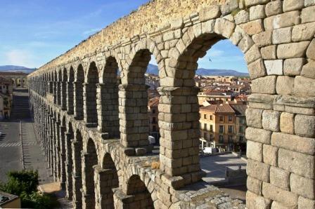 Segovia Aqueduct Wine Tour